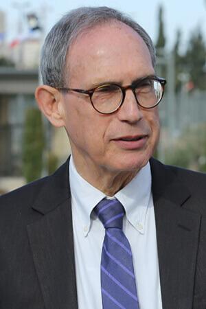 נחמן שי - מרכז המרצים לישראל